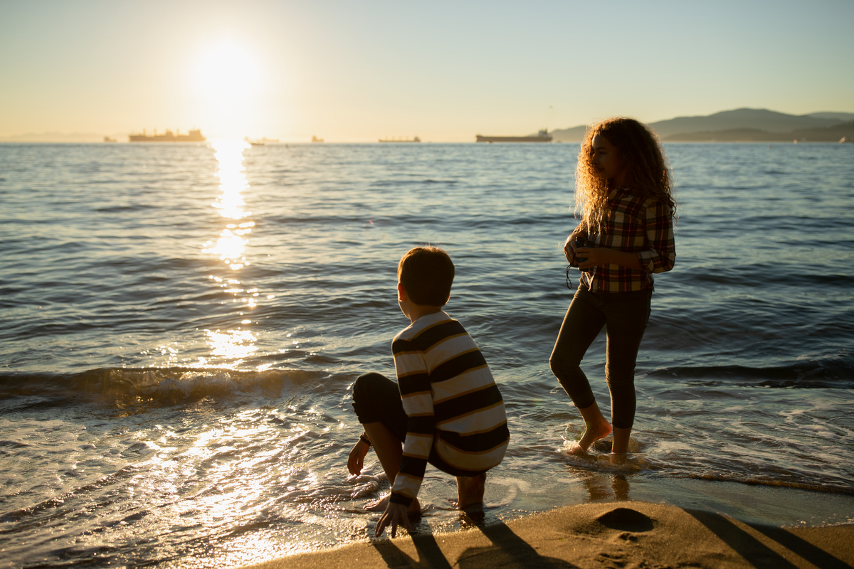 Keeping cool at Third Beach in Vancouver| Tourism Vancouver/Hubert Kang